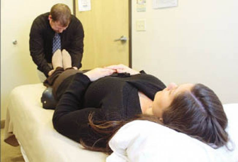 Chiropractic clinic here strives to ease pain of pregnancy